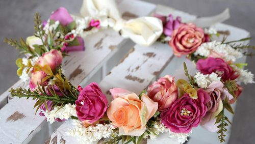 Blumenkränze für die Hochzeit
